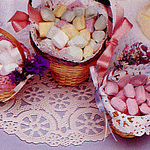 craft-doily-baby-shower-favors-basket-geographics
